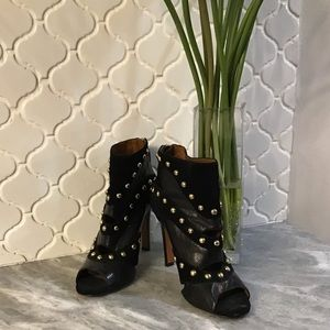 Nine West Ezzy Gold Studded Bootie